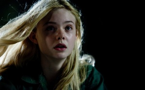elle-fanning-in-super-8