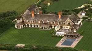 Grayson-beach-house-in-the-Hamptons-aerial-Revenge